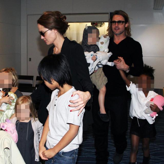 Angelina, Brad i djeca
