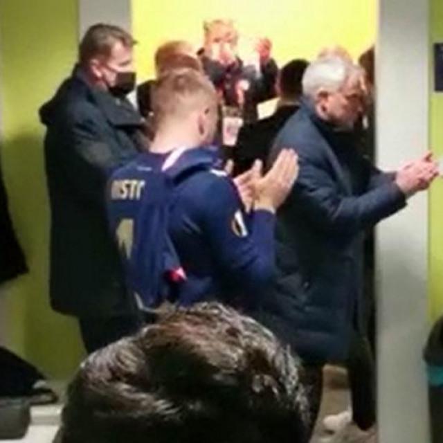 Mourinho u svlačionici Dinama