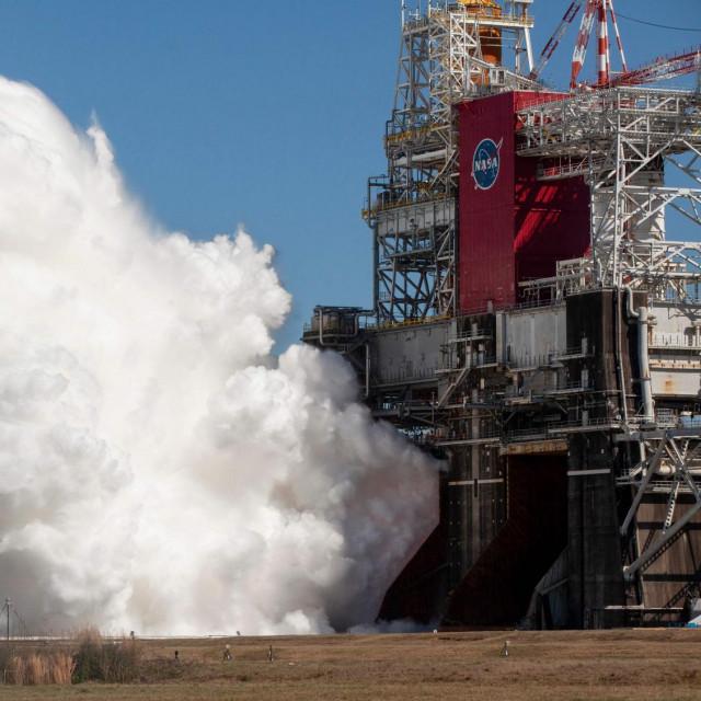 Ključno testiranje svoje nove superteške rakete Space Launch System