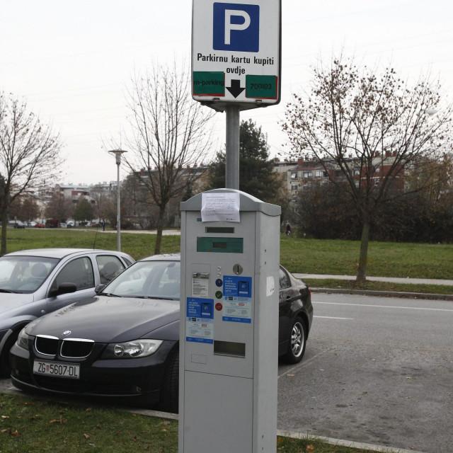 Naplata parkiranja/ilustracija