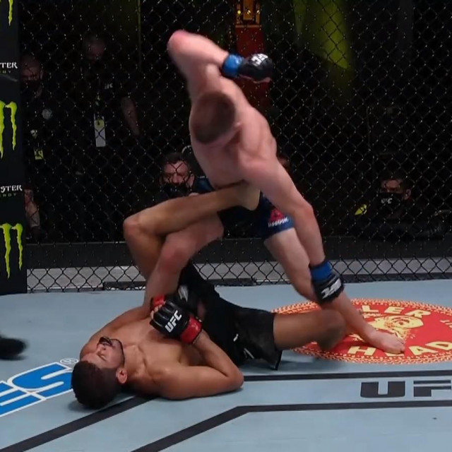 Grant Dawson vs. Leonardo Santos