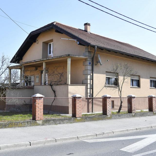 Kuća u zagrebačkom Resniku u kojoj se nakon curenja plina otrovalo sedmero ljudi<br />