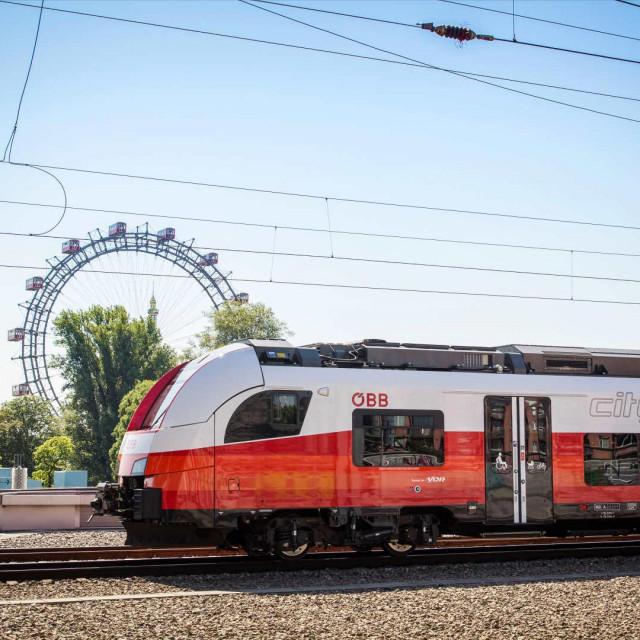 Vlak ÖBB