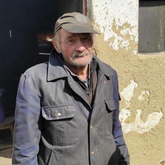 Stjepan Mikulan u srcu Bilogore živi životom kakav mnogi od nas ne možemo niti zamisliti - bez struje i vode, u klijeti pored šume