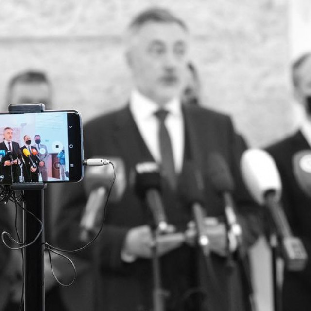 Miroslav Škoro registrirao je Domovinski pokret 25. ožujka 2020. i počeo pripreme za parlamentarne izbore, uvjeren da će 465 tisuća birača koji su mu dali glas na predsjedničkim izborima sada dati glas njegovoj stranci. Prevario se...