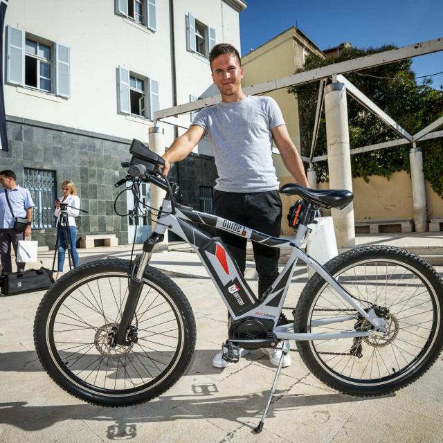 Mario Ljubičić ielektrični bicikl 'Guide B'