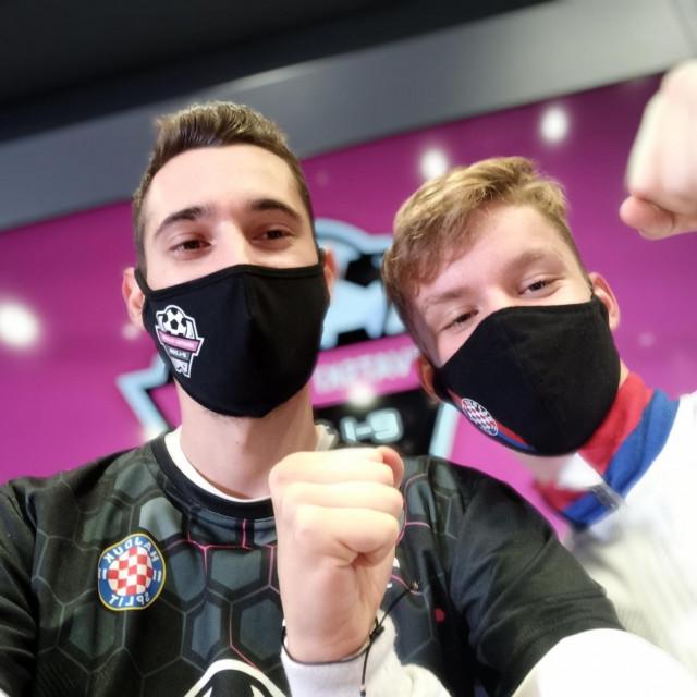 Stjepan Brstilo (lijevo)