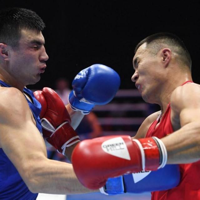 Bakhodir Jalolov vs. Kamshybek Kunkabayev (SP 2019.)