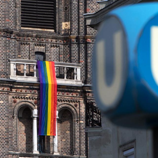 Zastava duginih boja u Beču