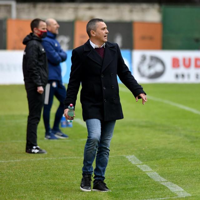 Sibenik, 030421.<br /> Stadion Subicevac<br /> Nogometna utakmica 27. kola 1. HNL HNK Sibenik - GNK Dinamo.<br /> Na fotografiji: Sergi Escobar, trener HNK Sibenik.<br />