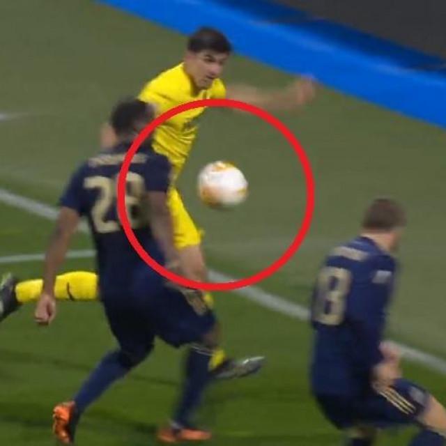 Theophileov penal protiv Villarreala