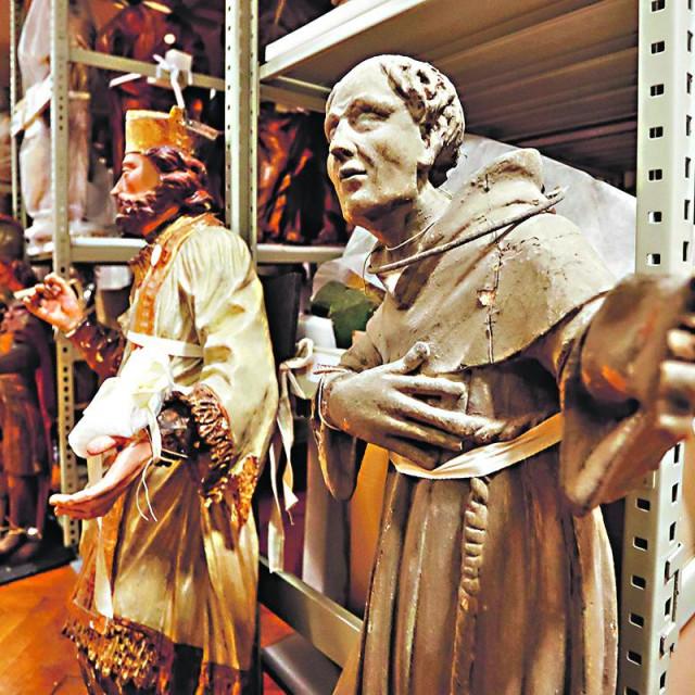 Depoi slikarstva i kiparstva Muzeja za umjetnost i obrt
