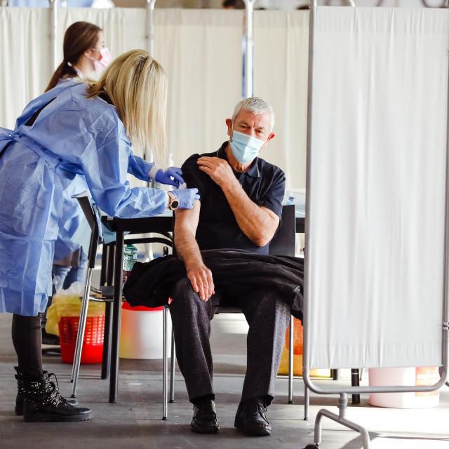 Cijepljenje na zagrebačkom Velesajmu