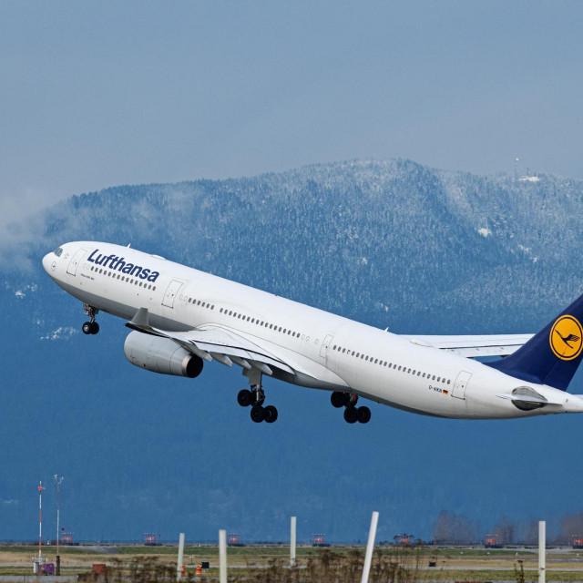 Avion kompanije Lufthansa