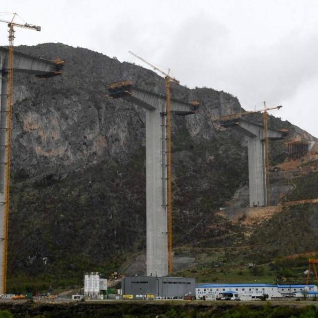 autocesta od Bara do granice sa Srbijom
