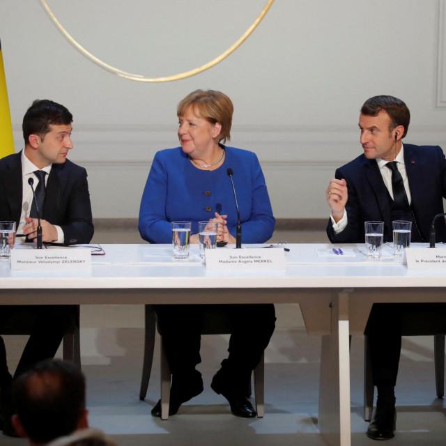 Ukrajinski predsjednik Volodymyr Zelensky, njemačka kancelarka Angela Merkel i francuski predsjednik Emmanuel Macron
