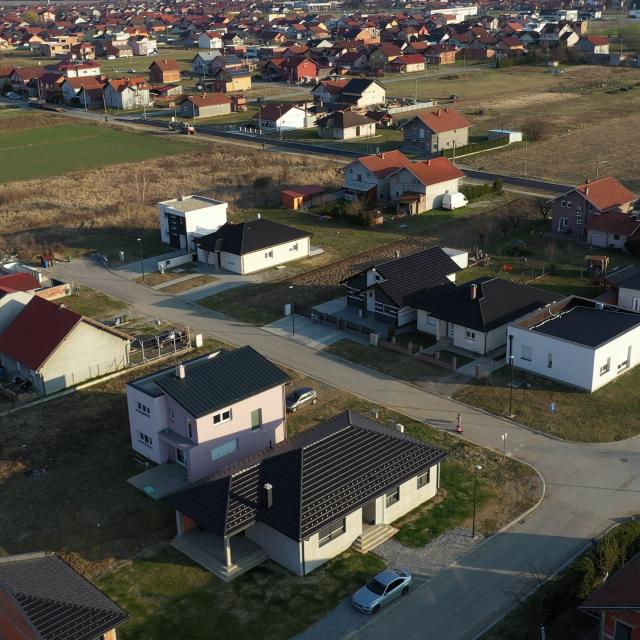 Obiteljske kuće izgrađene na gradskim zemljištima