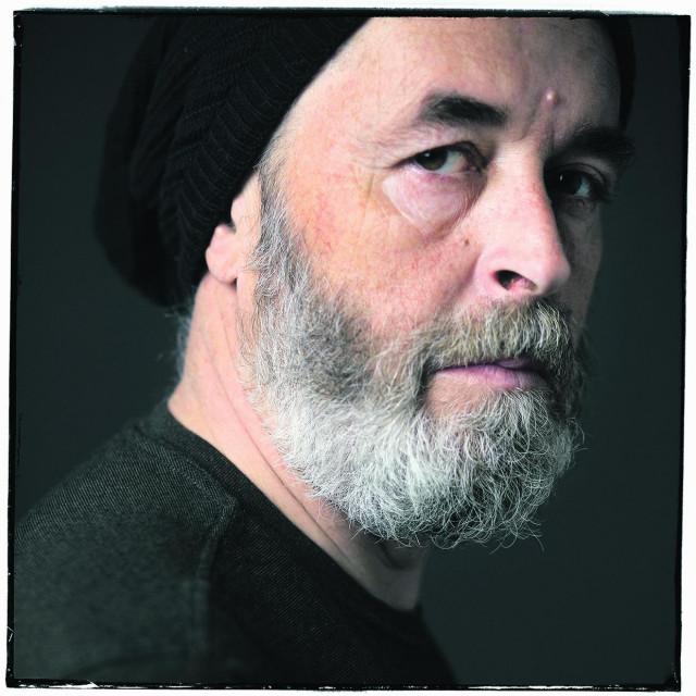 Petar Beluhan je glavni vokal grupe a na albumu je i nekoliko gostujućih vokala