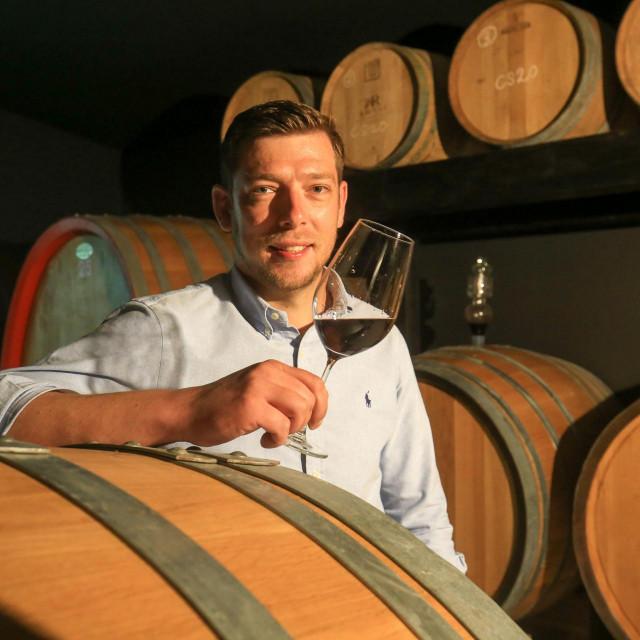 Luka Rossi, mladi poljoprivrednik, vinar