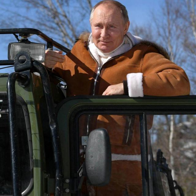 Vladimir Putin i agenti GRU-a