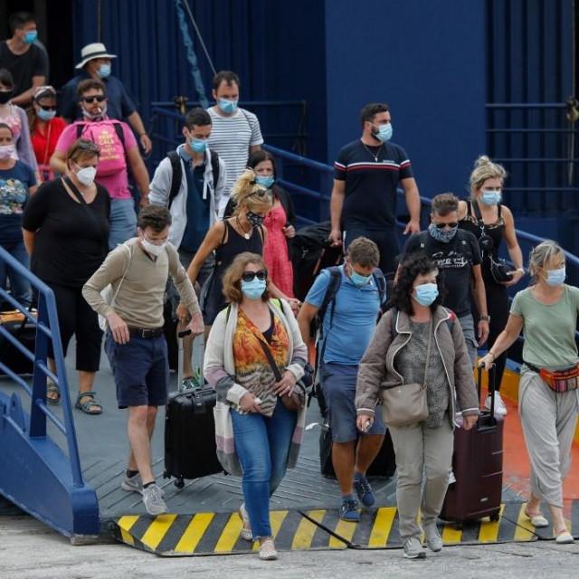 Od turista će se svejedno tražiti svježi PCR test ili potvrda o cijepljenju prije dolaska u zemlju
