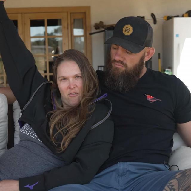 Ronda Rousey i Travis Browne
