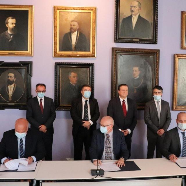 Potpisivanje ugovora između Grada Lipika te Fakulteta strojarstva i brodogradnje i Fakulteta prometnih znanosti