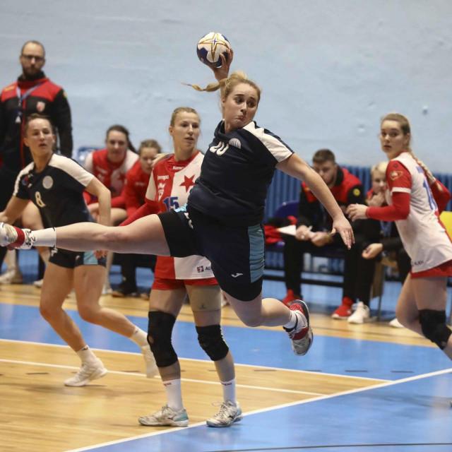Zagreb, 130221.<br /> Dom sportova.<br /> Cetvrtfinale EHF europskog kupa u rukometu za zene izmedju Lokomotiva vs. Slavia Praha.<br /> Na fotografiji: Antonia Civljak.<br />
