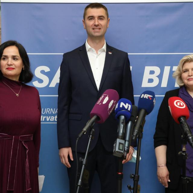 Iva Hraste-Sočo, Davor Filipović i Mirjana Kujundžić Tiljak