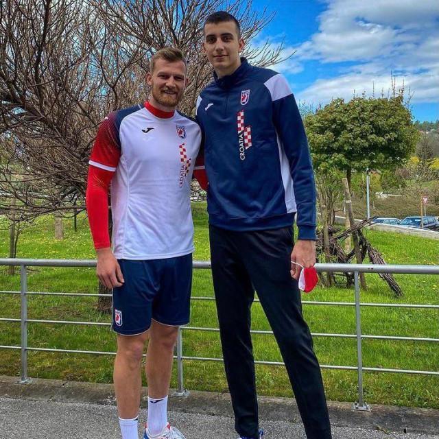 David (lijevo) i Matej<br /> prvi su puta zajedno zaigrali za reprezentaciju
