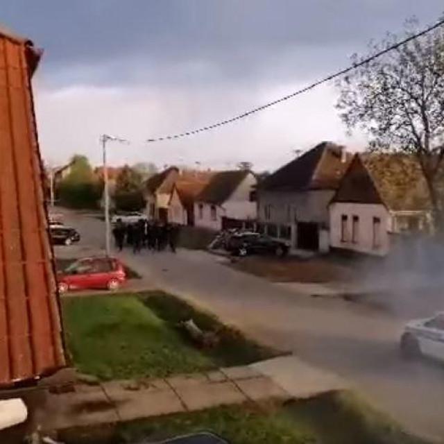Incident u Borovu kod Vukovara