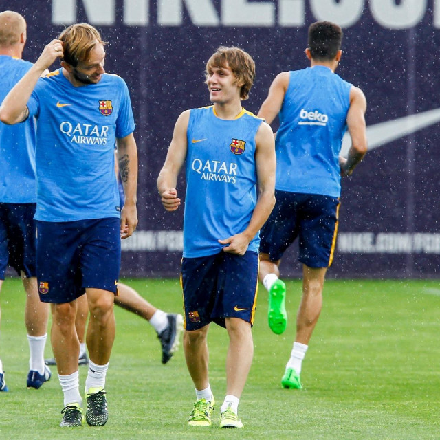 Ivan Rakitić i Alen Halilović na treningu Barcelone