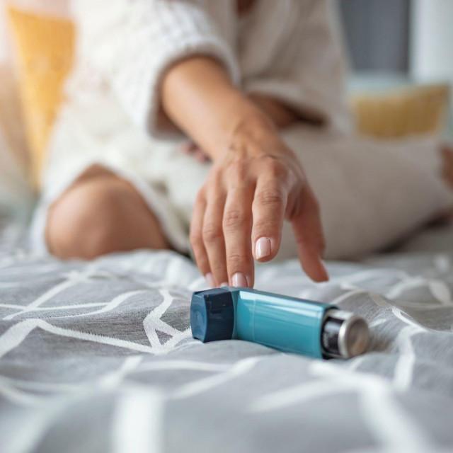 Najnovije smjernice ukazuju kako oboljeli od astme nisu pod povećanim rizikom od zaraze covidom-19