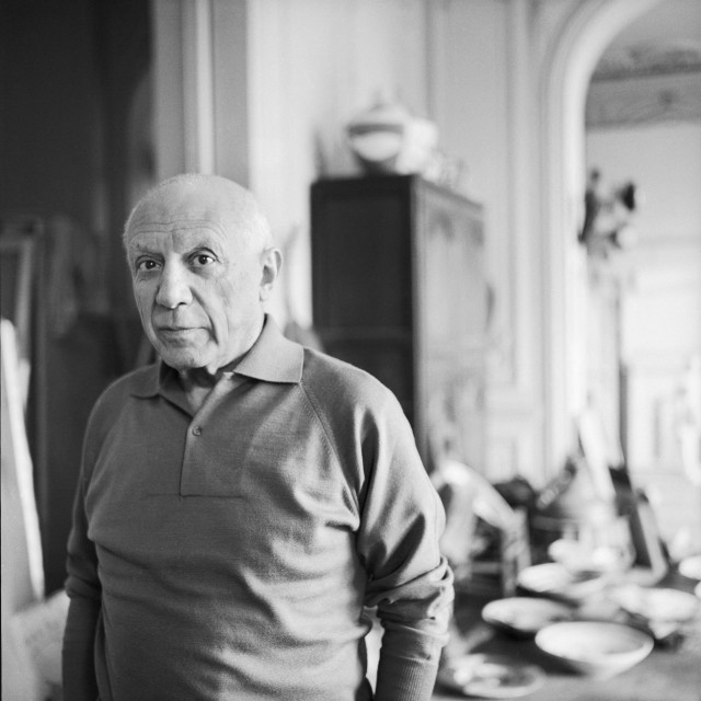 "Pablo Picasso u svojoj vili ""La Californie"" pokraj Cannesa 1957."