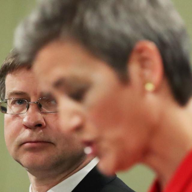 Odluku je priopćio potpredsjednik Komisije Valdis Dombrovskis