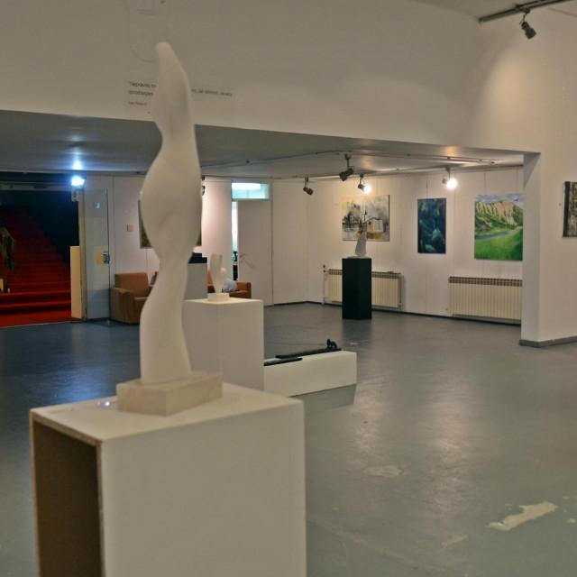 Otvorenje izložbe u Galeriji Zvonimir