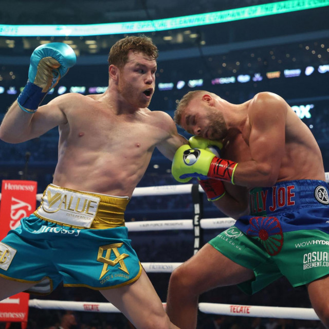 Canelo Alvarez i Billy Joe Saunders