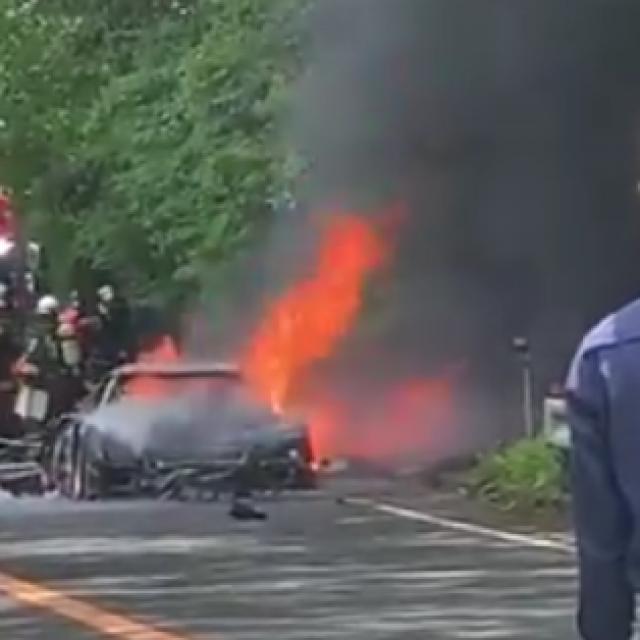 Ferrari F40 u plamenu