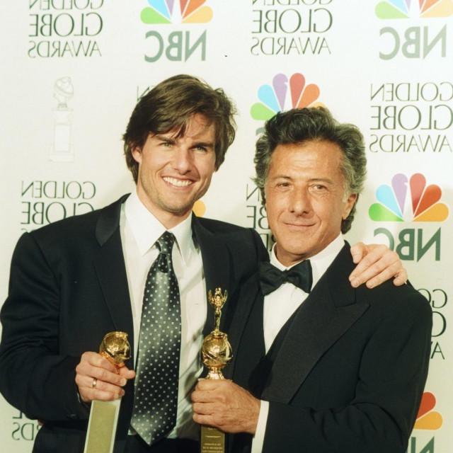 Tom Cruise i Dustin Hoffman na dodjeli Zlatnih globusa 1997. godine