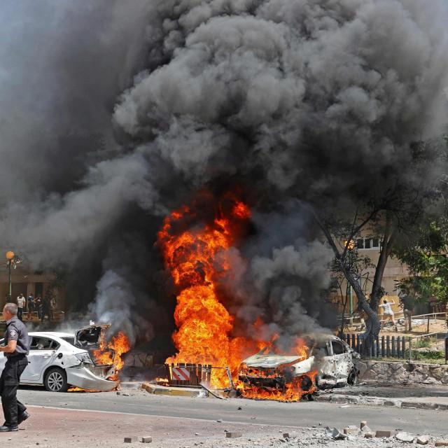 Raketa iz Gaze pogodila je auto u izraelskom gradu Ashkelonu