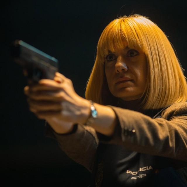 Alexandra Jimenez (na fotografiji) igra istražiteljicu Lorenu Ortiz
