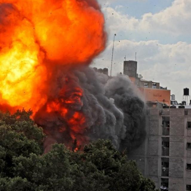 Udar na zgradu Al-Walid u Gazi