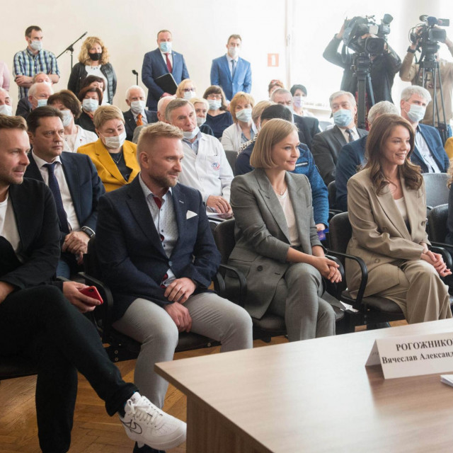Klim Shipenko, Alexei Dudin, Yulia Peresild, Alyona Mordovina, Galina Kairova