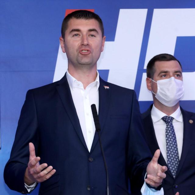 Davor Filipović nakon izbornih rezultata dao izjavu za medije<br />