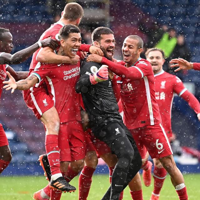 Veliko slavlje Redsa na kraju utakmice