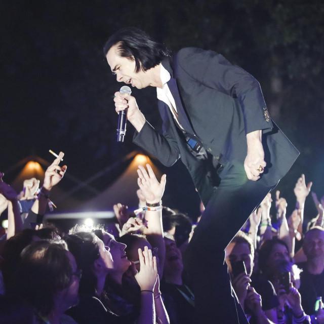 Nick Cave & The Bad Seeds tijekom nastupa na INmusic festivalu 2018. godine