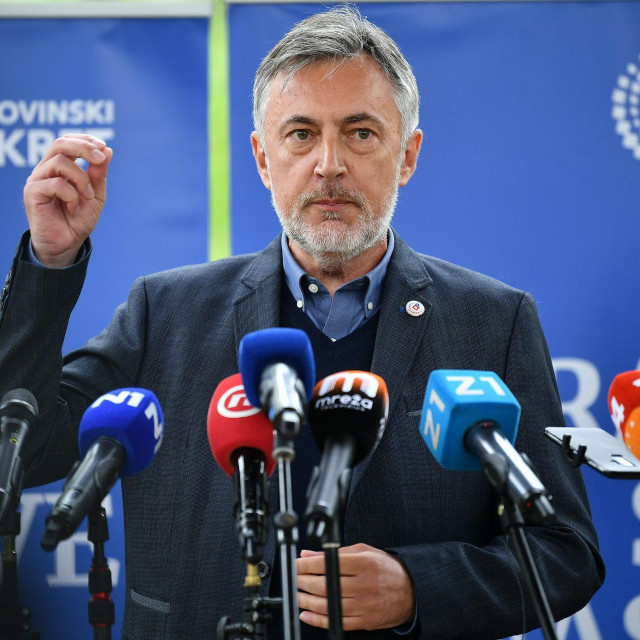 Konferencija za medije Miroslava Škore