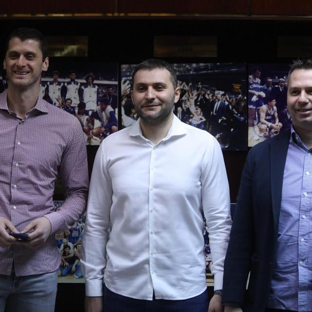 Sportski direktor Cibone Marin Rozić, trener Vladimir Jovanovic i direktor Domagoj Čavlović