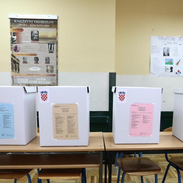 Glasačko mjesto; ilustracija