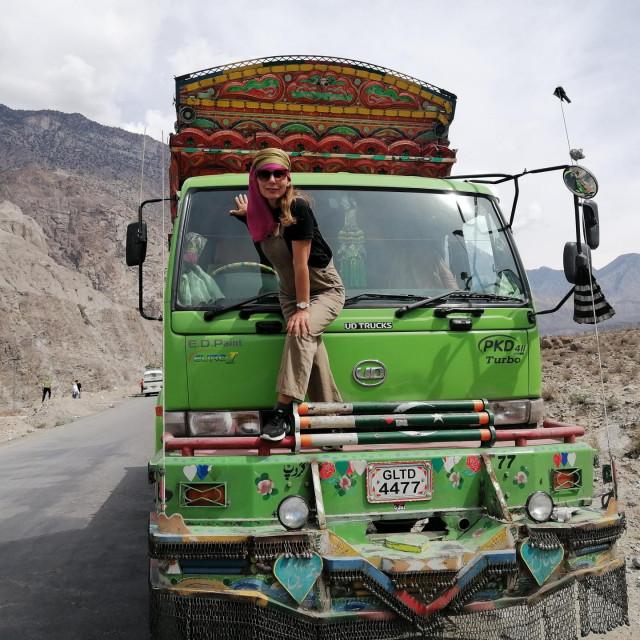 """Pakistanski kamioni pravi su """"putujući muzeji"""""""